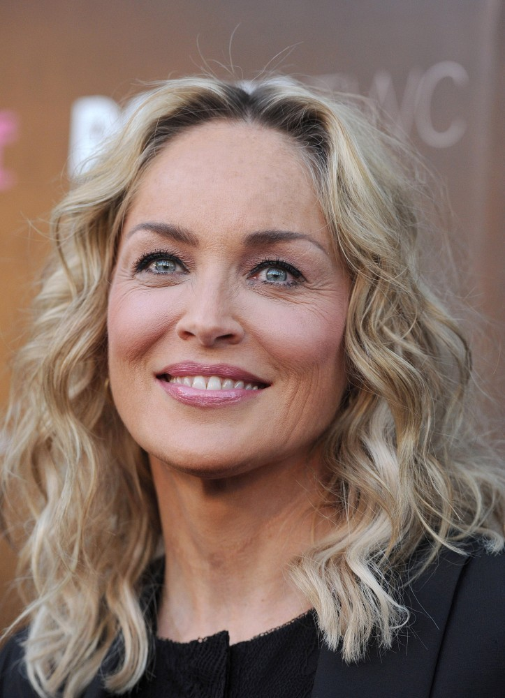 Sharon Stone S Kinked Waves Gorgeous Hairstyles For