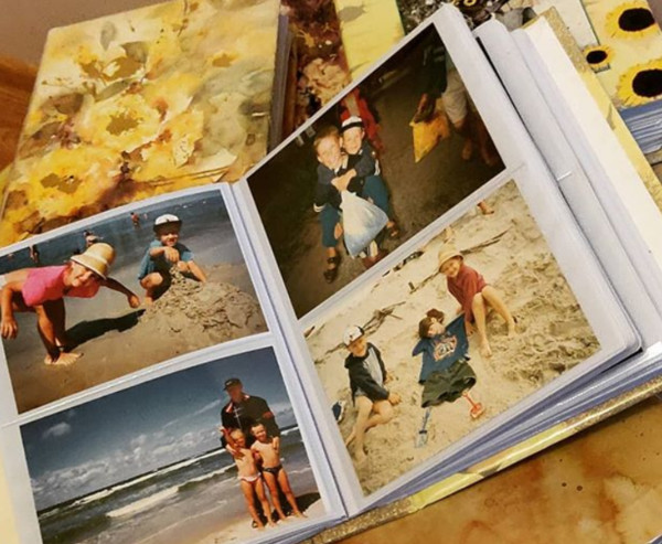 Put Photos In Albums