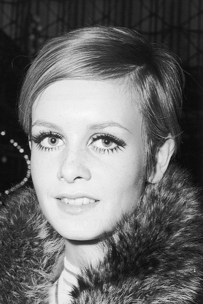 Then: The Twiggy Pixie Cut