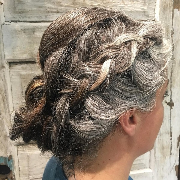 Hairstyles That Help Hide Your Gray Hair It S Rosy